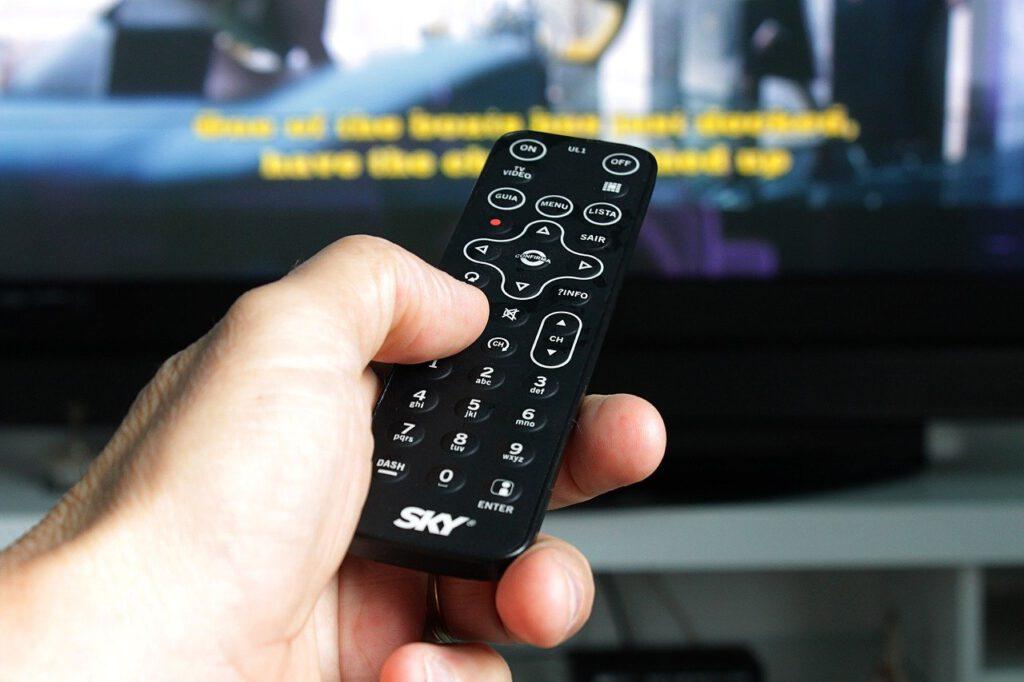 Reparier deinen Fernseher statt Ihn wegzuwerfen!